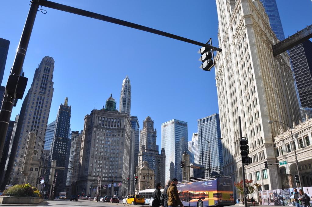 Chicago the windy city am lake michigan world of tui - Architektonische meisterwerke ...