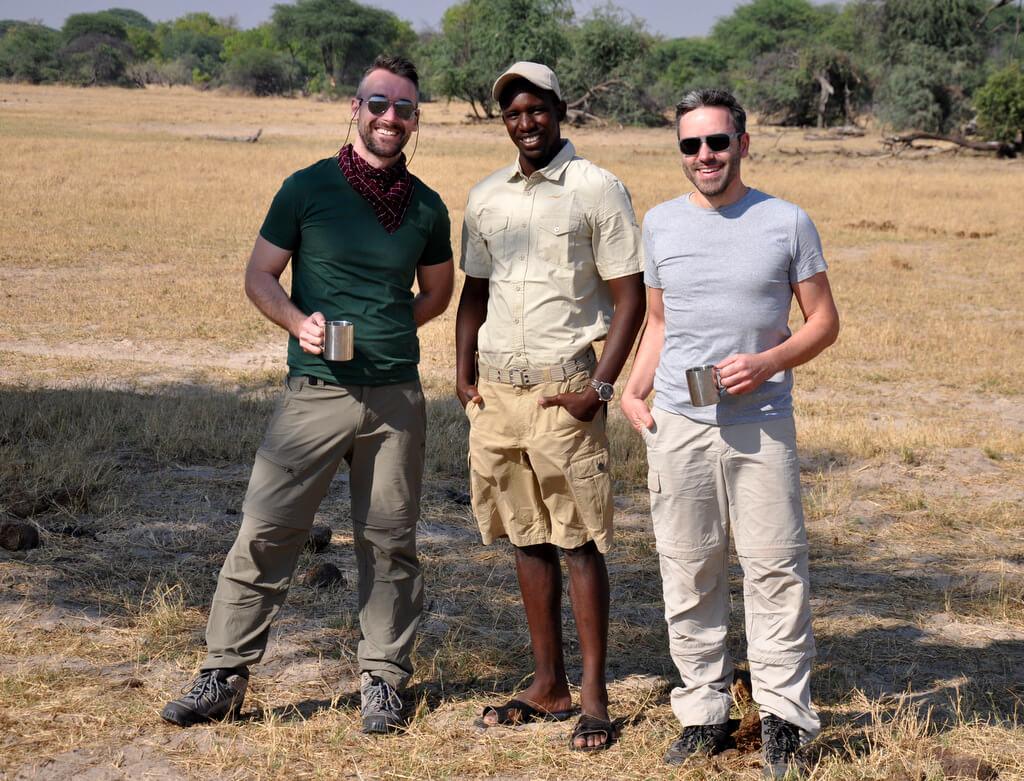 Simbabwe und Victoria Falls mit Wilderness Safaris sonne simbabwe safari land und leute afrika  tui berlin Hwange Nationalpark Guide