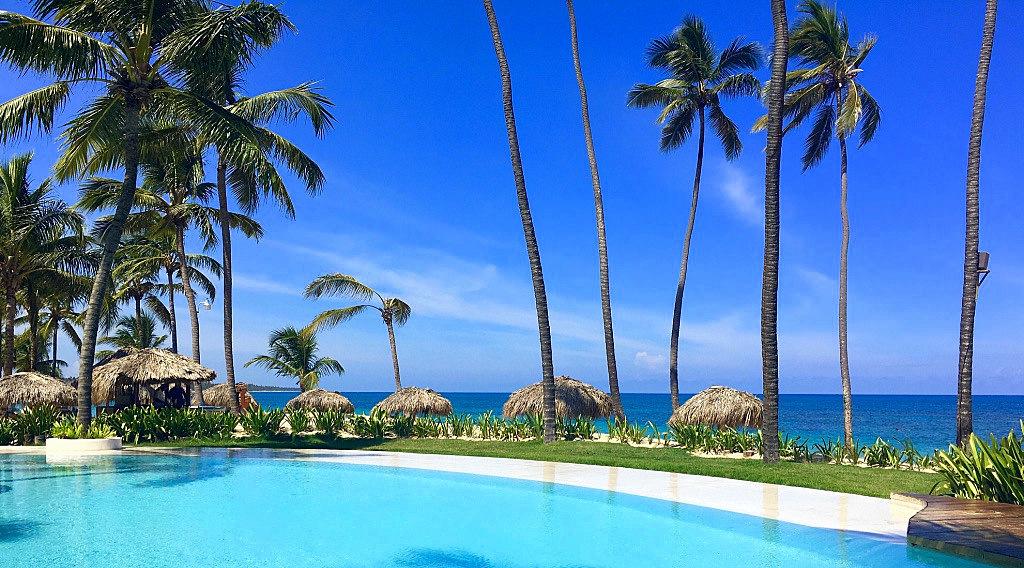 Meine Top 5 Hoteltipps Dominikanische Republik strand sonne honeymoon 2 dominikanische republik angebot karibik mittelamerika  ueber unterwegs Zoetry Agua Punta Cana Beach Pool