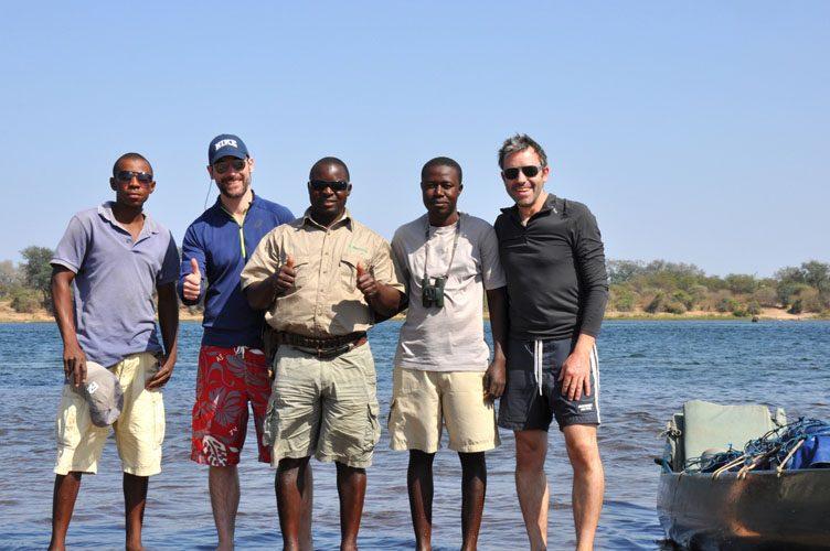 Reisebericht, Sambia, Sambesi, Kanu, Paddeln, Canoeing, Simbabwe, River, Fluss, Natureways, Krokodile, Elefanten, TUI, Reisebüro, Berlin, Safari, Jörg Kästner