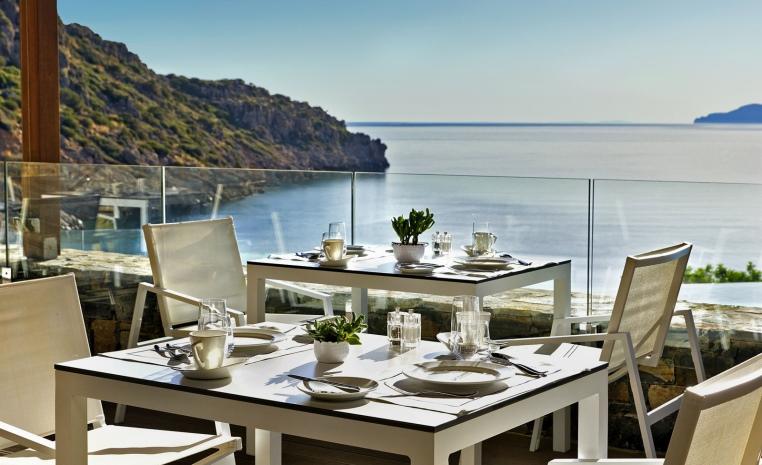 Luxusurlaub mit Preisvorteil: Daios Cove Luxury Resort – 25 % Ermäßigung! tui hotels sonne griechenland angebote und specials angebot  tui berlin daios cove restaurant