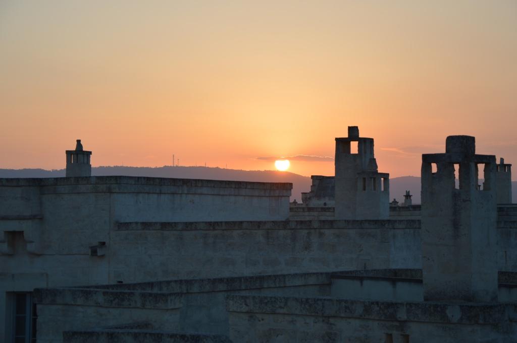 Neapel und Apulien   eine lohnenswerte Kombination staedtereisen sonne reisebericht new italien  tui berlin italien sonnenuntergang borgo egnazia