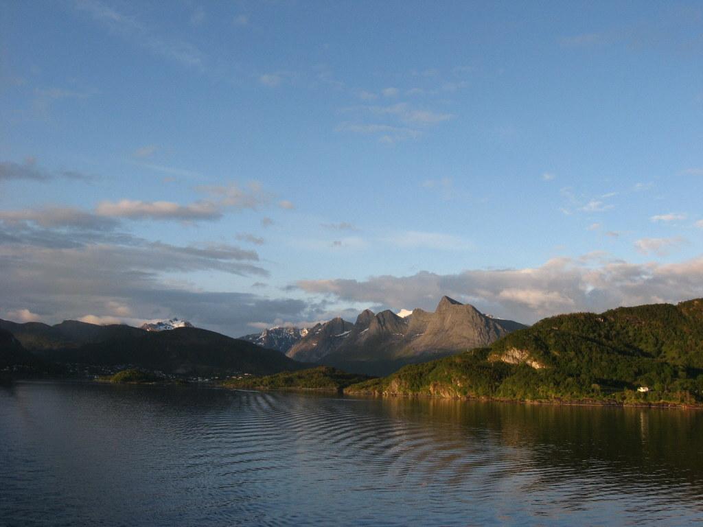 Weiße Nächte im Nordland. Kreuzfahrt mit  der Mein Schiff. norwegen kreuzfahrt europa  IMG 0653