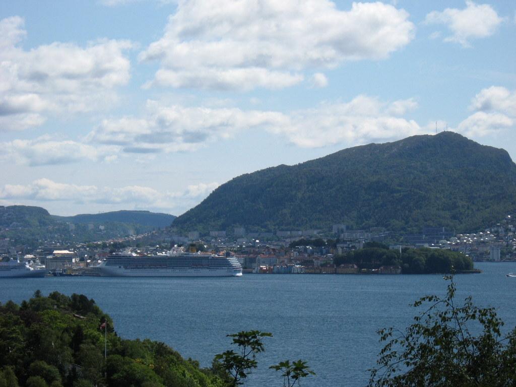 Weiße Nächte im Nordland. Kreuzfahrt mit  der Mein Schiff. norwegen kreuzfahrt europa  IMG 0812
