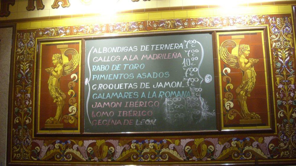 De Madrid al cielo staedtereisen spanisches festland europa  tapastafelklein