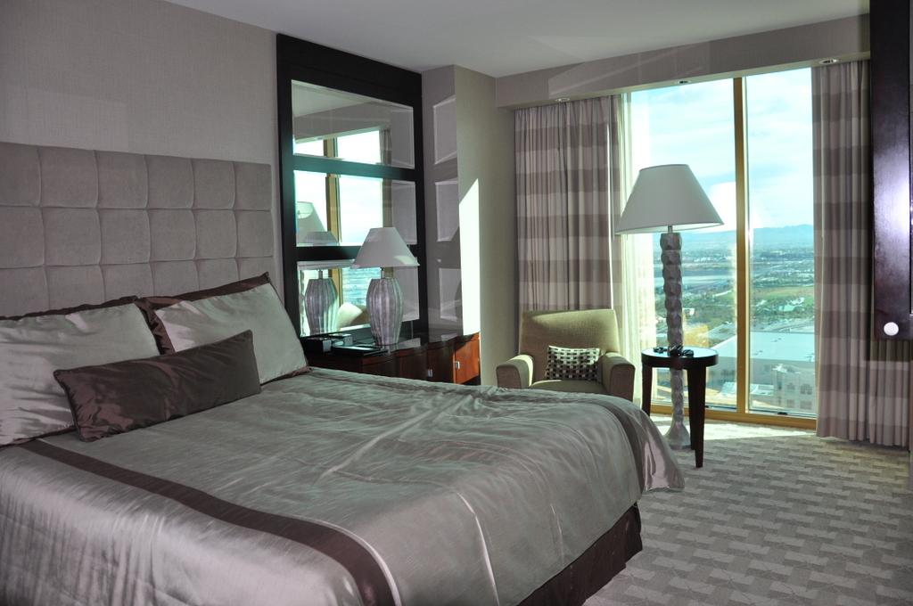 THEhotel at Mandalay Bay   Las Vegas usa staedtereisen karibik mittelamerika  DSC 4092