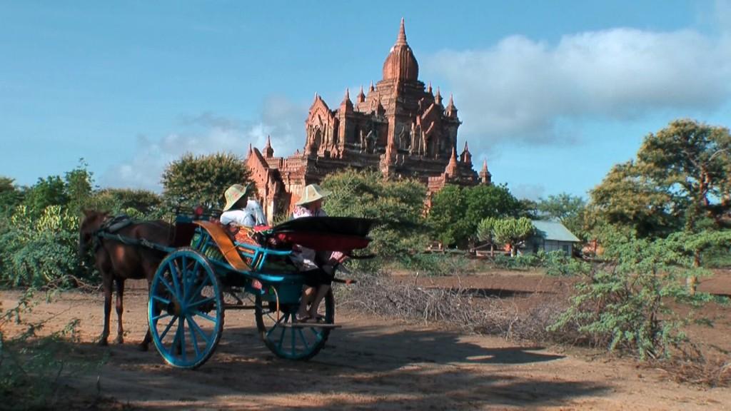 Legendäre Reisen. Road To Mandalay, Myanmar. staedtereisen sonne myanmar asien  baganebene 02 1024x576