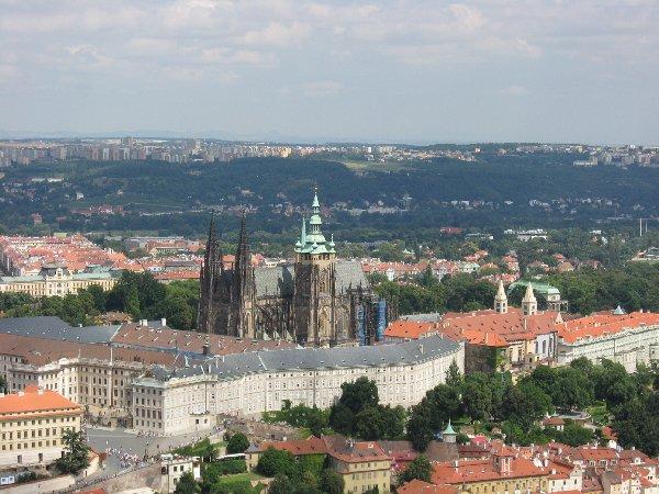 Prag. Die Goldene Stadt neu entdecken. tschechien staedtereisen europa  veitsdom1