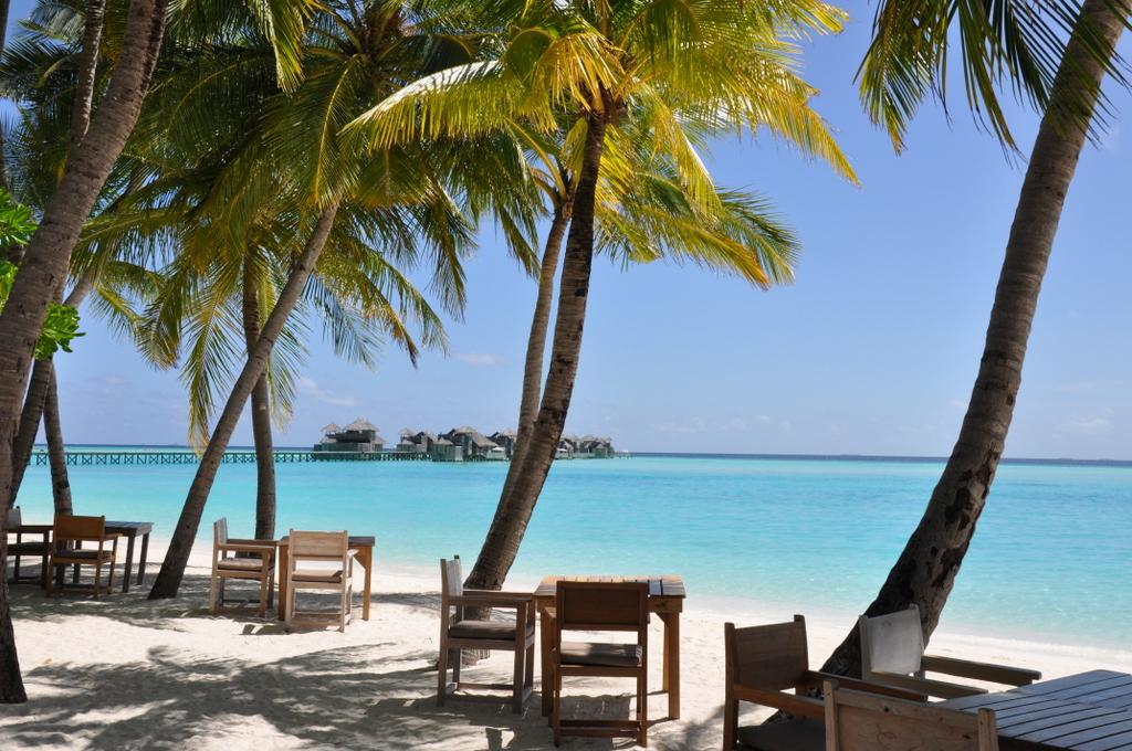 Six Senses Island Hopping auf den Malediven strand sonne malediven indischer ozean orient  DSC 7574