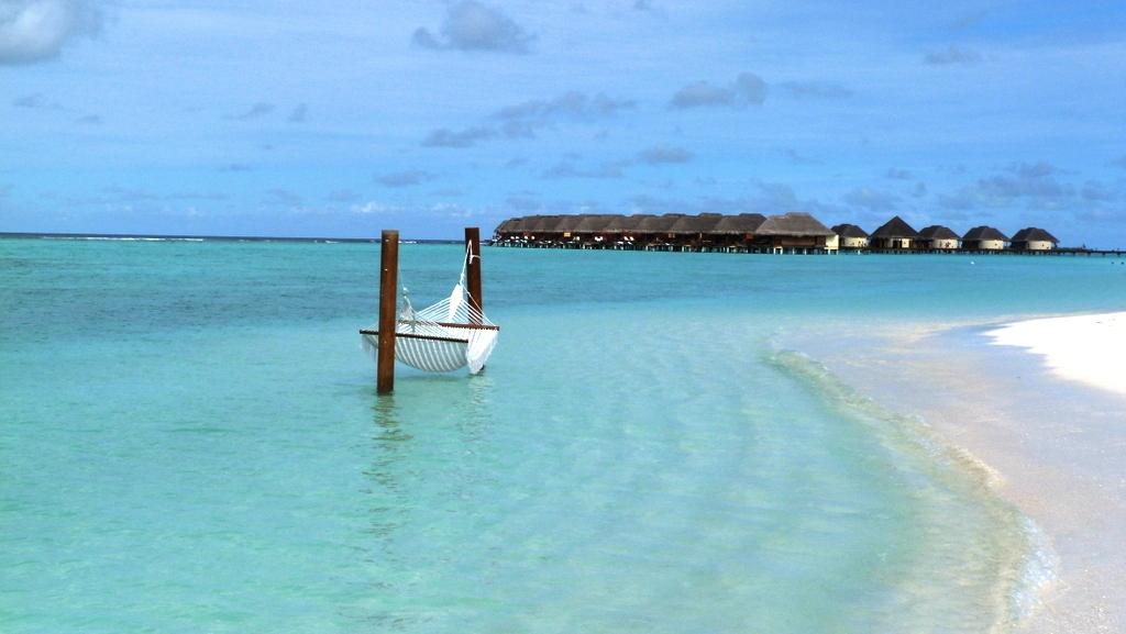 Kurztrip auf die Malediven. Mit Qatar Airways nach Kanuhura strand sonne malediven indischer ozean orient familie  P1030322