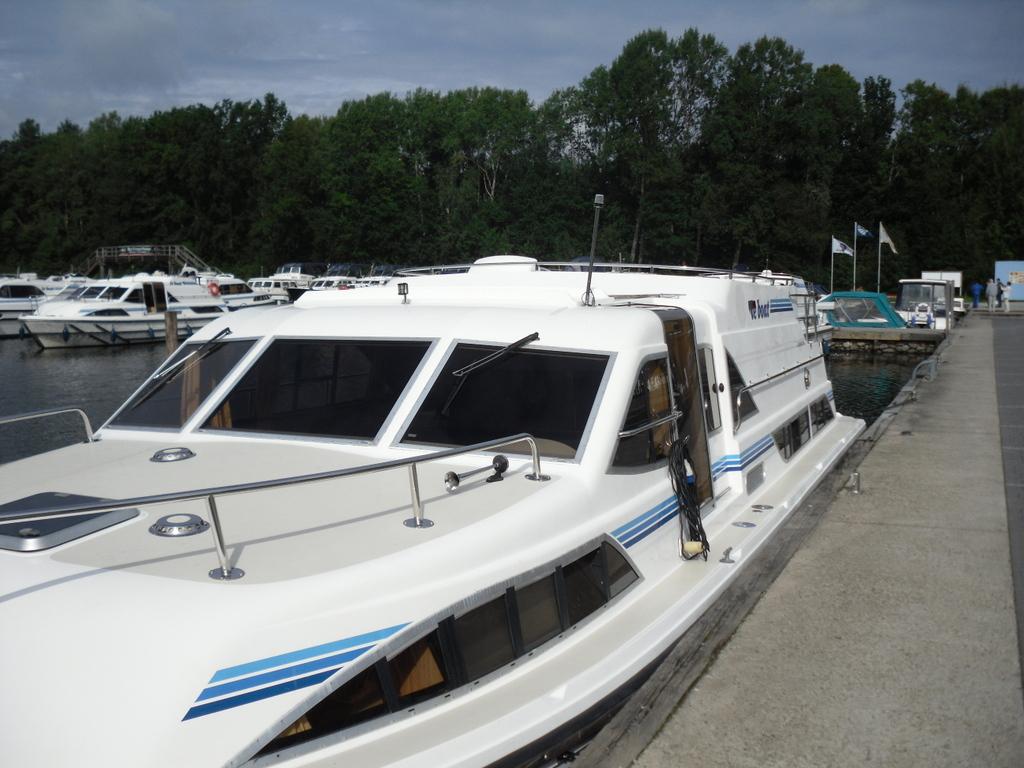 Naturnah. Bootsferien mit LeBoat. Exklusiv bei TUI. familie europa  SDC18049