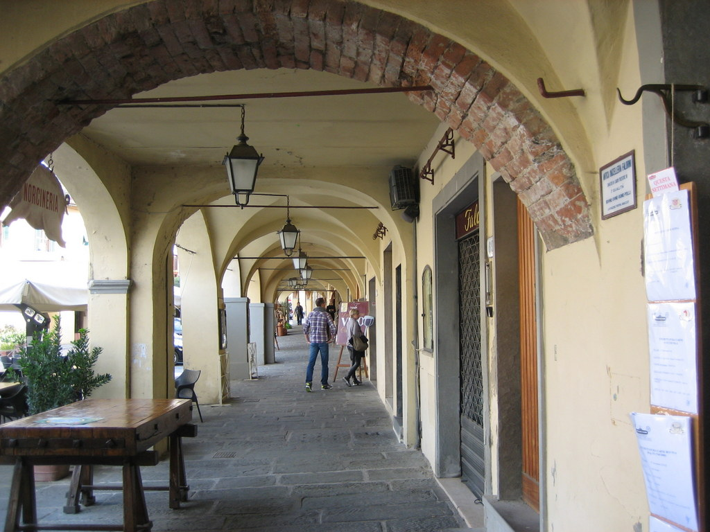 Toskana. Gourmet, Kultur und Lebensart. Eine kulinarische Reise in das Herz Italiens. staedtereisen sonne italien familie europa  IMG 0215