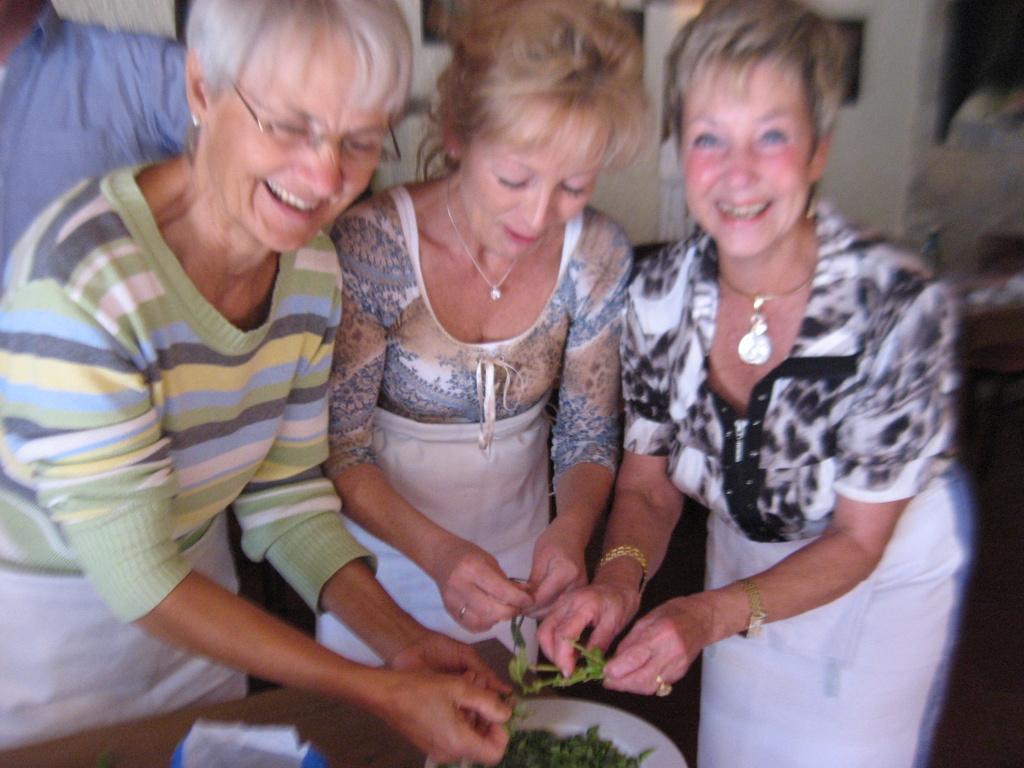 Toskana. Gourmet, Kultur und Lebensart. Eine kulinarische Reise in das Herz Italiens. staedtereisen sonne italien familie europa  IMG 07161
