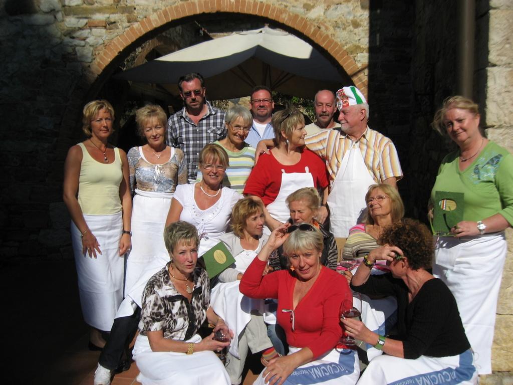 Toskana. Gourmet, Kultur und Lebensart. Eine kulinarische Reise in das Herz Italiens. staedtereisen sonne italien familie europa  IMG 07341