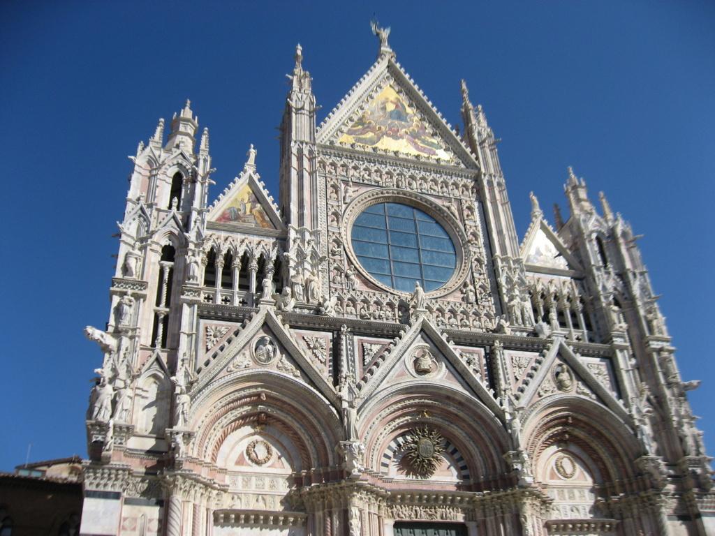 Toskana. Gourmet, Kultur und Lebensart. Eine kulinarische Reise in das Herz Italiens. staedtereisen sonne italien familie europa  IMG 07771
