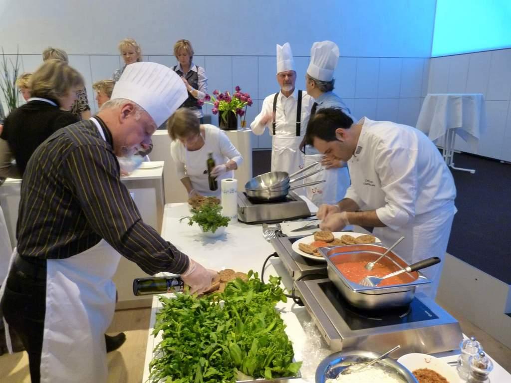 Griechisch Kochen in der World of TUI staedtereisen europa  P1060074