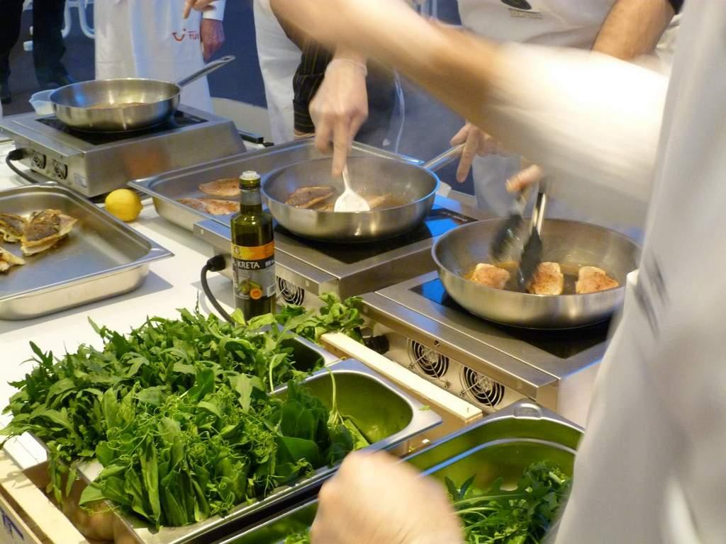 Griechisch Kochen in der World of TUI staedtereisen europa  P1060171
