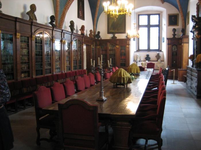 Krakau. World of TUI persönlich staedtereisen land und leute familie europa  tui berlin krakau collegium bibliothek