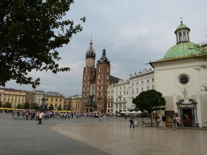 Krakau. World of TUI persönlich staedtereisen land und leute familie europa  tui berlin krakau marienkirche hauptplatz