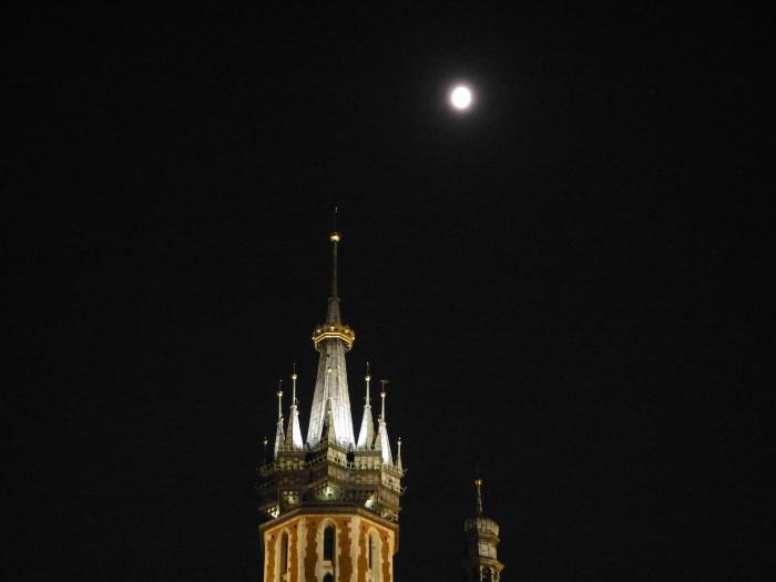 Krakau. World of TUI persönlich staedtereisen land und leute familie europa  tui berlin krakau nachthimmel