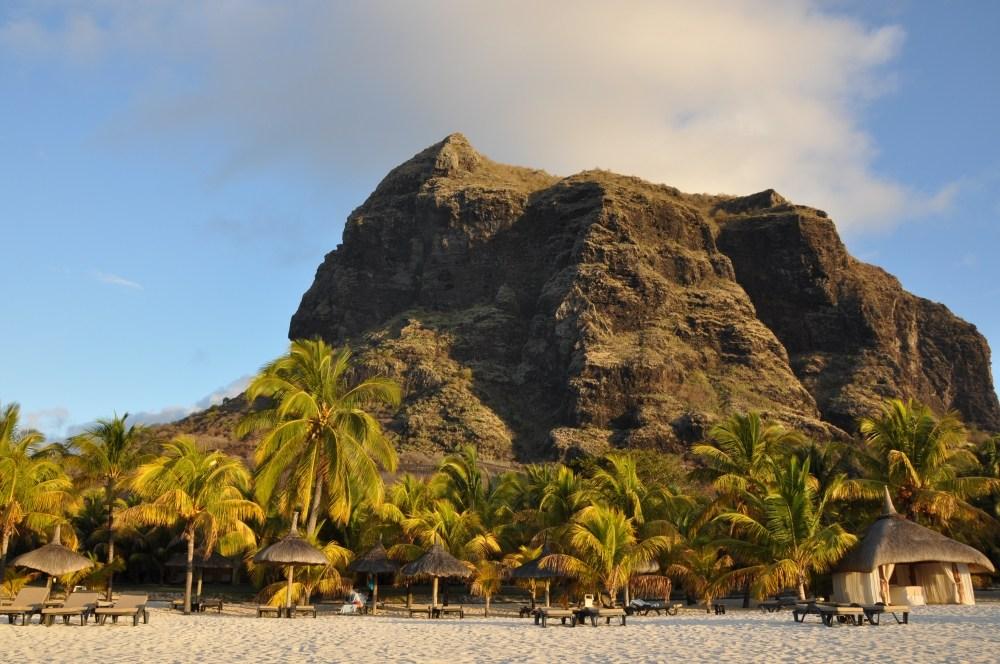 Mauritius und Ras Al Khaimah. Eine Strand  und Wüstenkombination. sonne mauritius indischer ozean orient honeymoon 2  tui berlin mauritius beachcomber paradis le morn