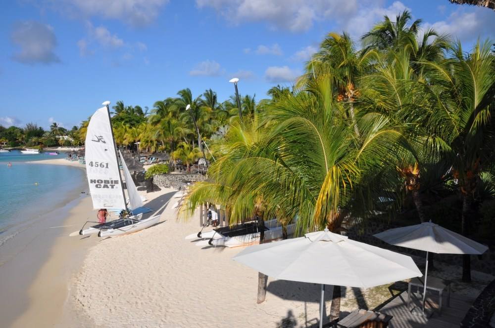 Mauritius und Ras Al Khaimah. Eine Strand  und Wüstenkombination. sonne mauritius indischer ozean orient honeymoon 2  tui berlin mauritius beachcomber royal palm strand