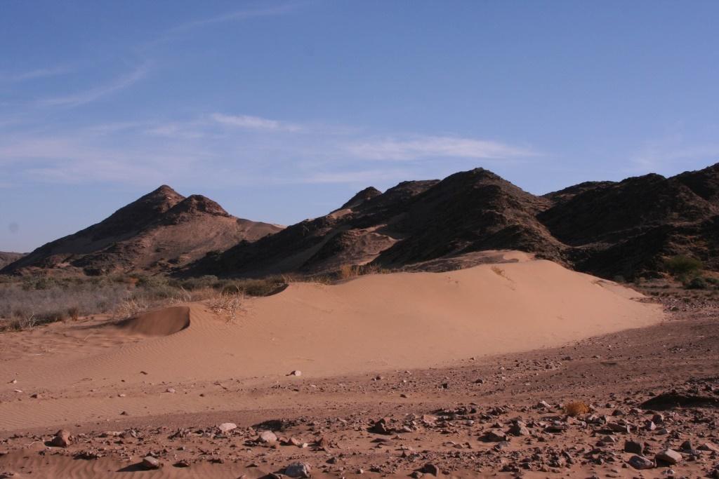 Namibia Treasures. sonne safari namibia afrika  tui berlin namibia damaraland camp landschaft
