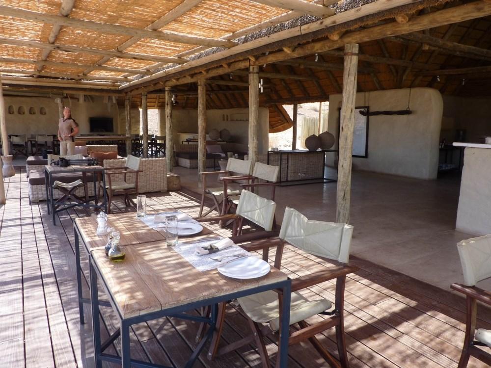 Namibia Treasures. sonne safari namibia afrika  tui berlin namibia damaraland camp restaurant