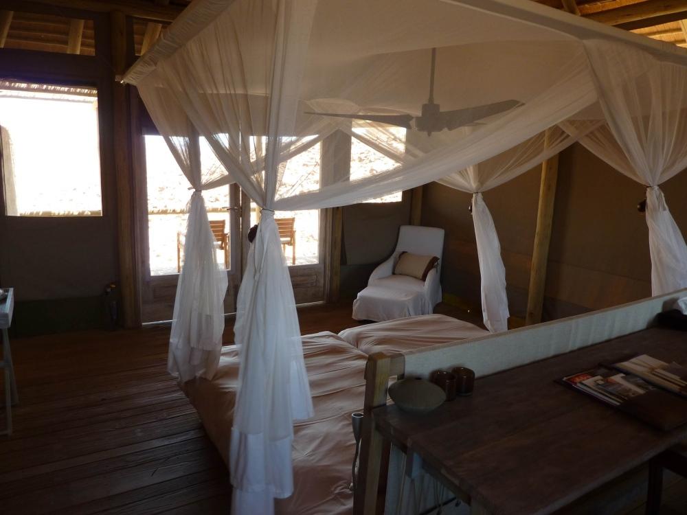Namibia Treasures. sonne safari namibia afrika  tui berlin namibia damaraland camp zimmer
