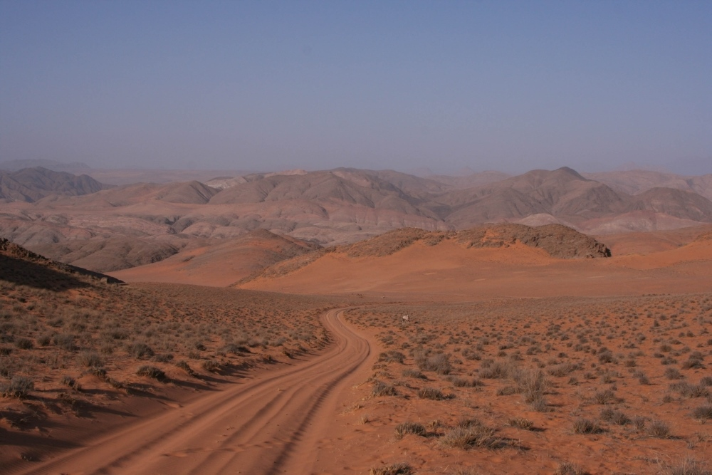 Namibia Treasures. sonne safari namibia afrika  tui berlin namibia serra cafema anfahrt
