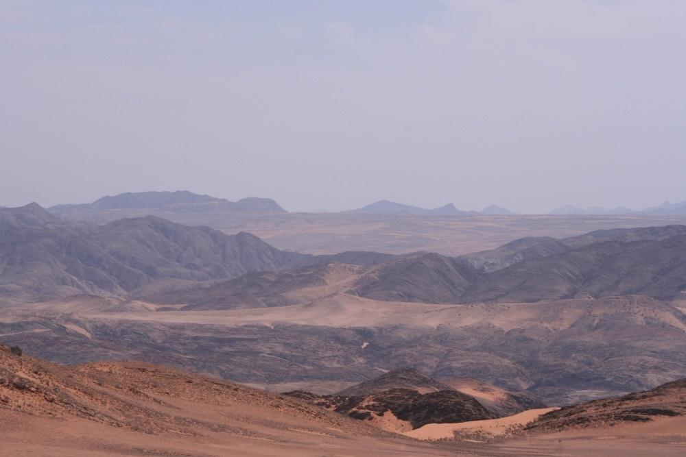 Namibia Treasures. sonne safari namibia afrika  tui berlin namibia serra cafema landschaft
