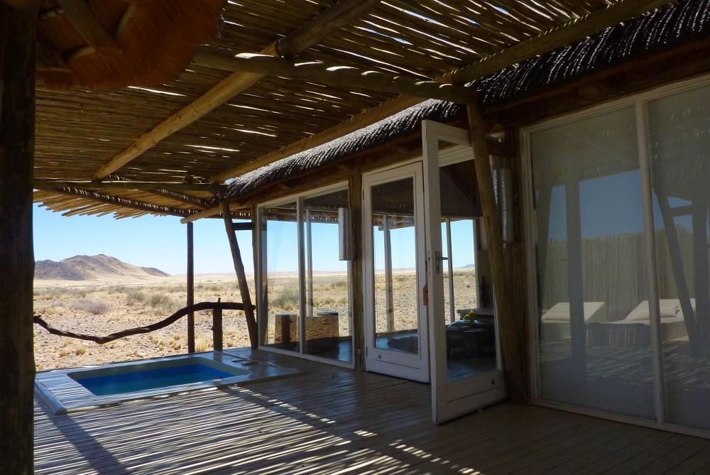 Namibia Treasures. sonne safari namibia afrika  tui berlin namibia sossusvlei lodge einrichtung