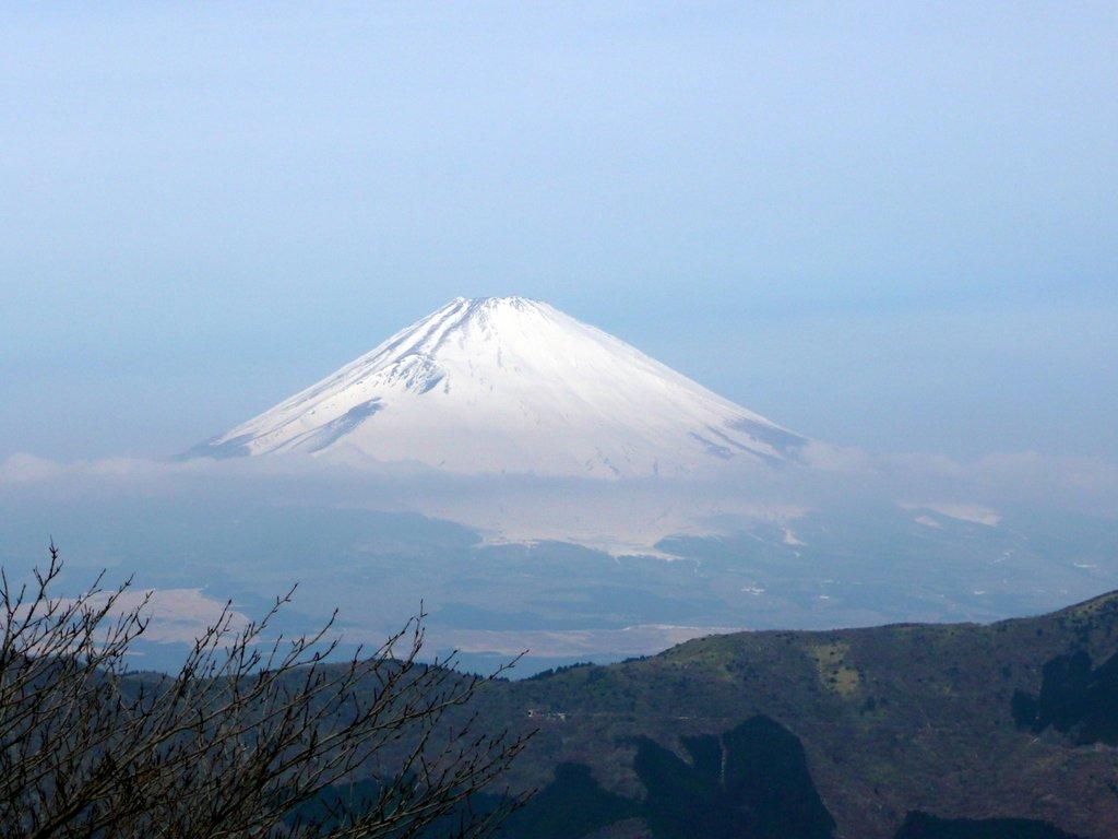 Japan. Das Land der aufgehenden Sonne. staedtereisen land und leute asien  tui berlin japan mount fuji schnee