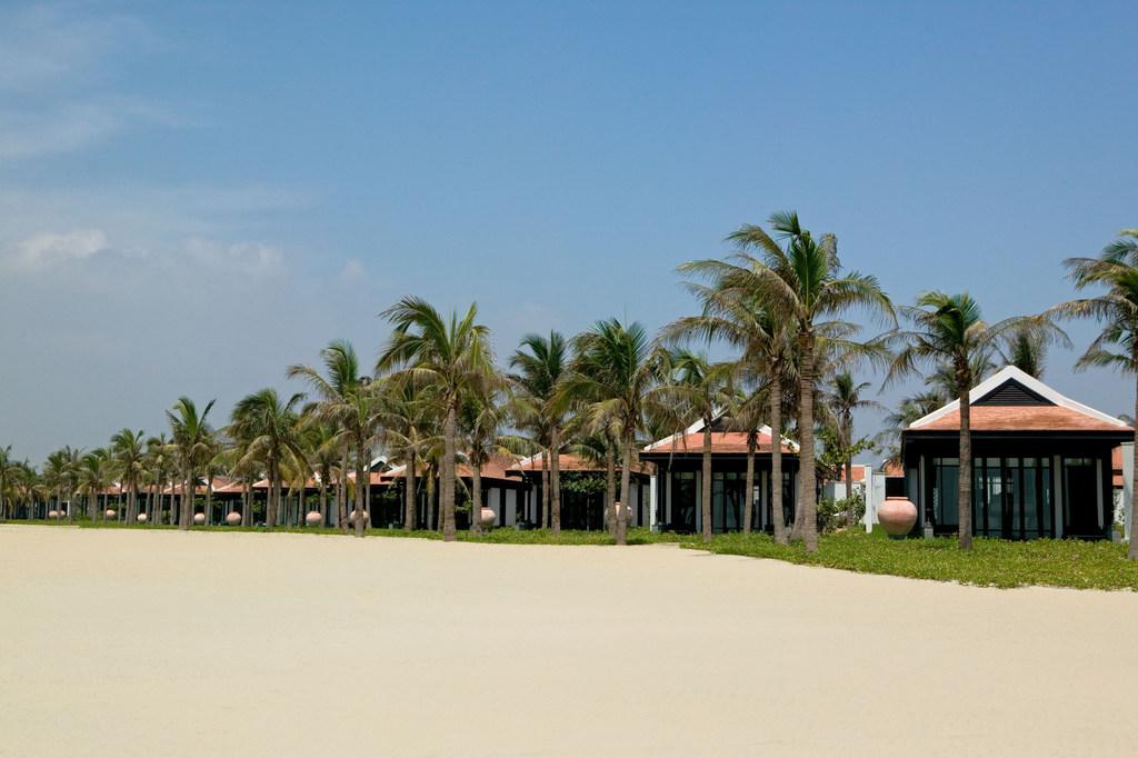 Hoi An. Freiluftmuseum in Zentralvietnam. vietnam strand staedtereisen sonne land und leute asien  tui berlin vietnam hoi an the nam hai one bedroom villas