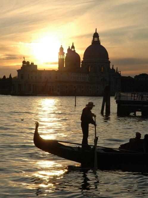 Venedig im Regen   wunderschön! staedtereisen italien europa  tui berlin venedig abendstimmung