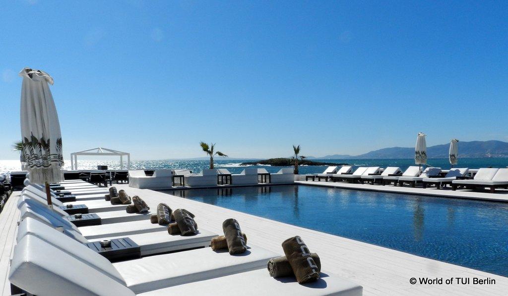 Traumbuchten und angesagte Beachclubs auf Mallorca strand staedtereisen sonne mallorca familie europa cluburlaub  DSCN2538