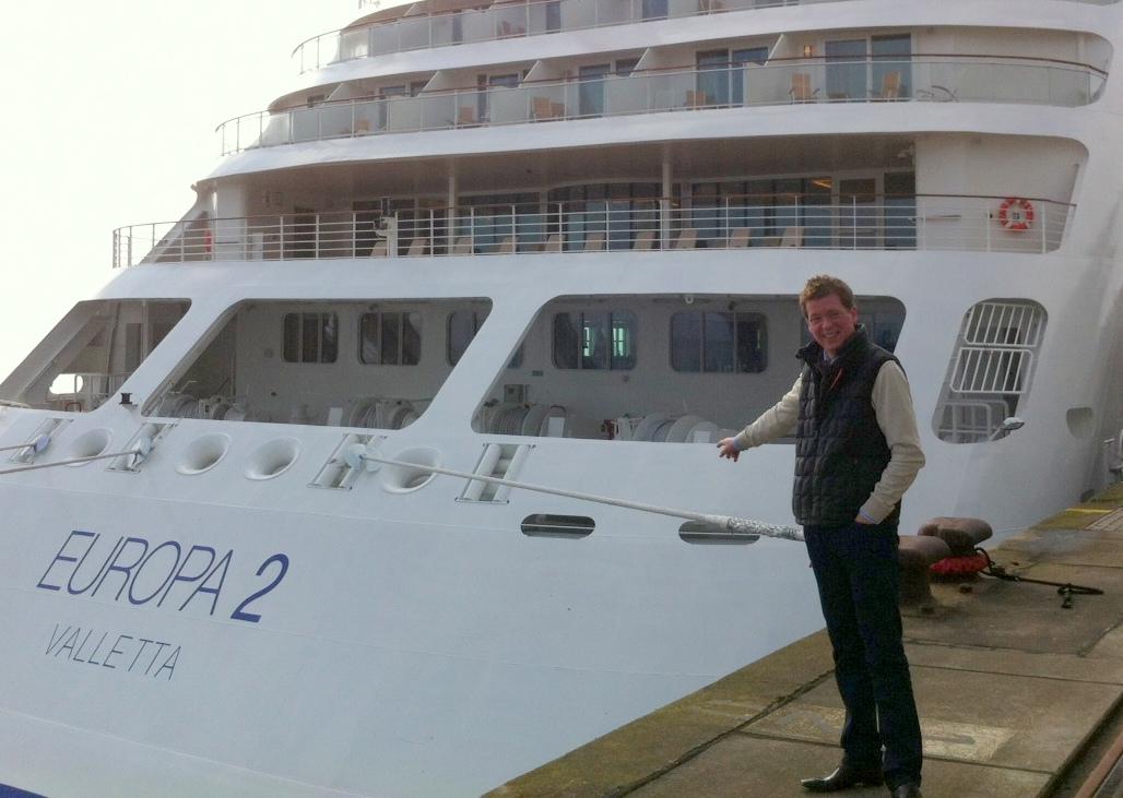 Vorab Test: Die Taufe der neuen MS Europa 2 staedtereisen kreuzfahrt europa  Foto19