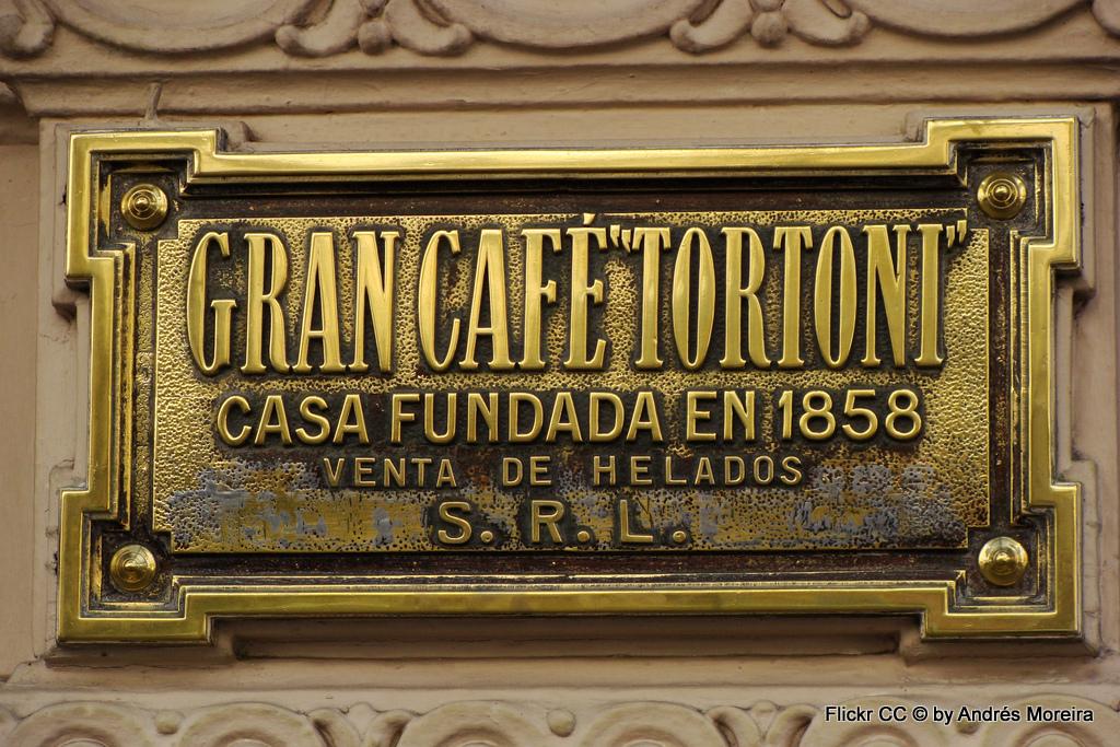 Tango, Taxi und Tortoni. Eine Odyssee durch das Nachtleben von Buenos Aires staedtereisen sonne land und leute argentinien karibik mittelamerika  Flickr Cafe Tortoni