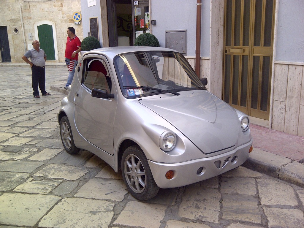 Sergio und die Trulli   Tour durch Apulien. staedtereisen sonne land und leute italien europa  IMG 20130517 00461