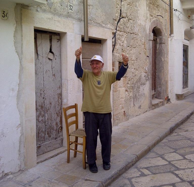 Sergio und die Trulli   Tour durch Apulien. staedtereisen sonne land und leute italien europa  IMG1