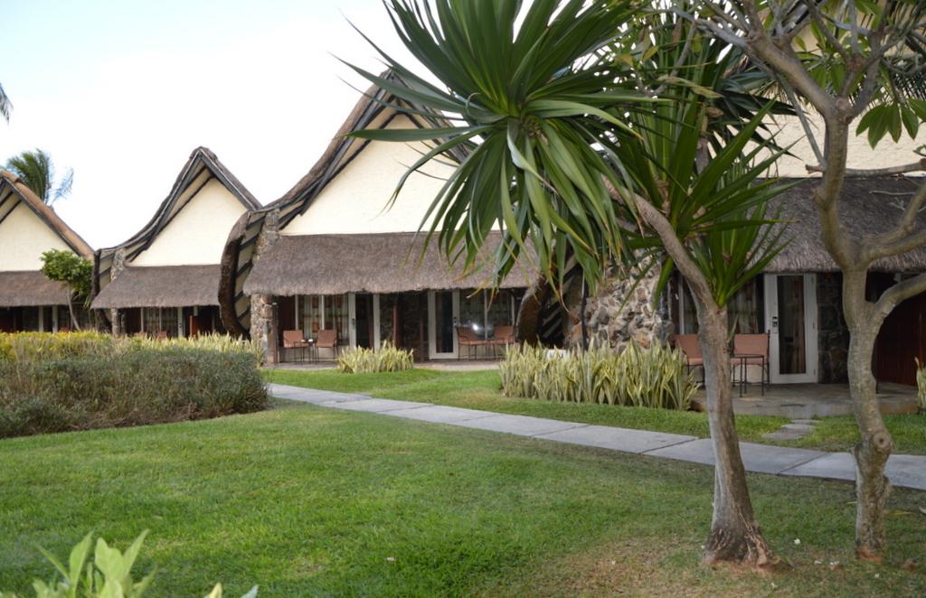 Mauritius. Auf den Spuren der Zuckerbarone. strand sonne mauritius indischer ozean orient honeymoon 2  La Pirogue