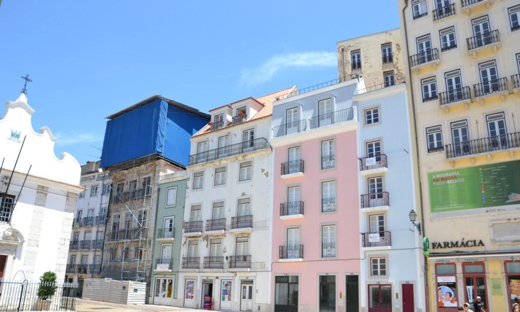 Lissabon   leise rieselt der Putz oder Liebe auf den zweiten Blick. staedtereisen sonne land und leute portugal europa  tui berlin lissabon avenida da liberdale