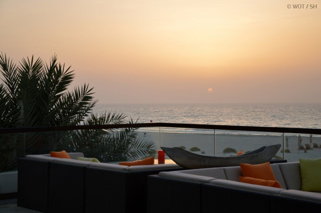 Wo sich jetzt der Sommer verlängern lässt. strand sonne  tui berlin abu dhabi strand saadiyat island park hyatt