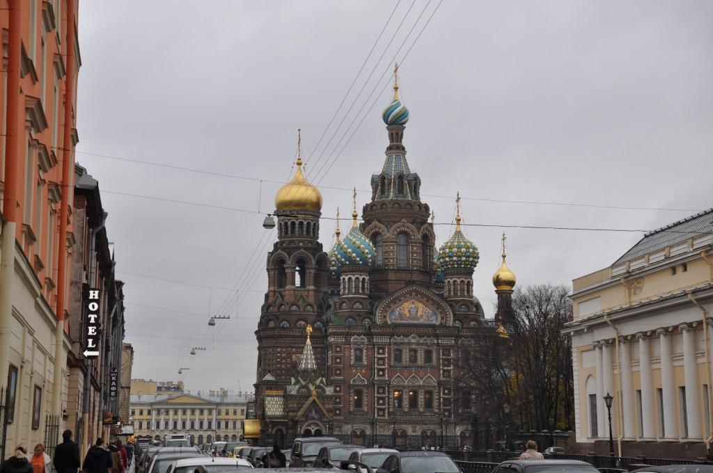 Sankt Petersburg. Kurzreise mit Widrigkeiten. Aber auch mit Glanz und Gloria. staedtereisen europa  tui berlin sankt petersburg auferstehungs kathedrale