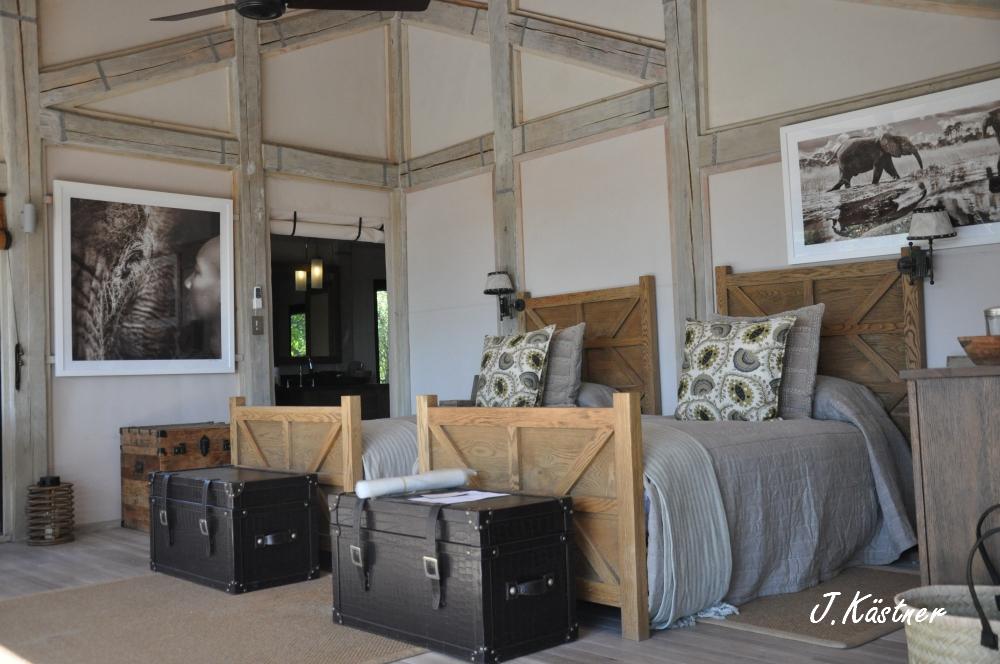 Botswana Treasures. sonne safari botswana afrika  tui berlin Botswana Abu Camp Zelt