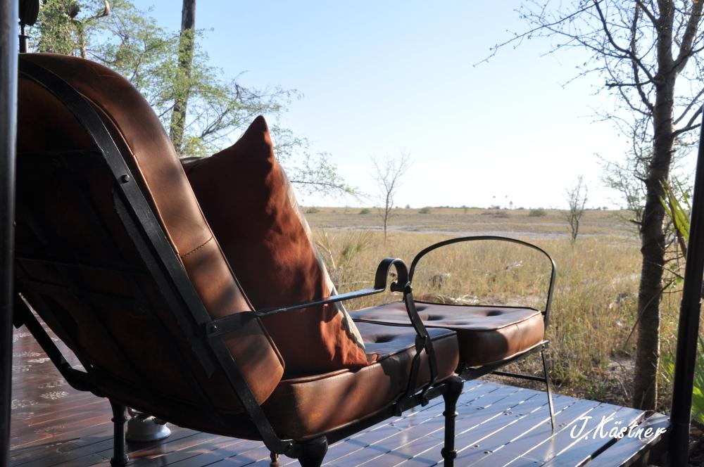 Botswana Treasures. sonne safari botswana afrika  tui berlin Botswana Jacks Camp Kalahari Ausblick Terrasse