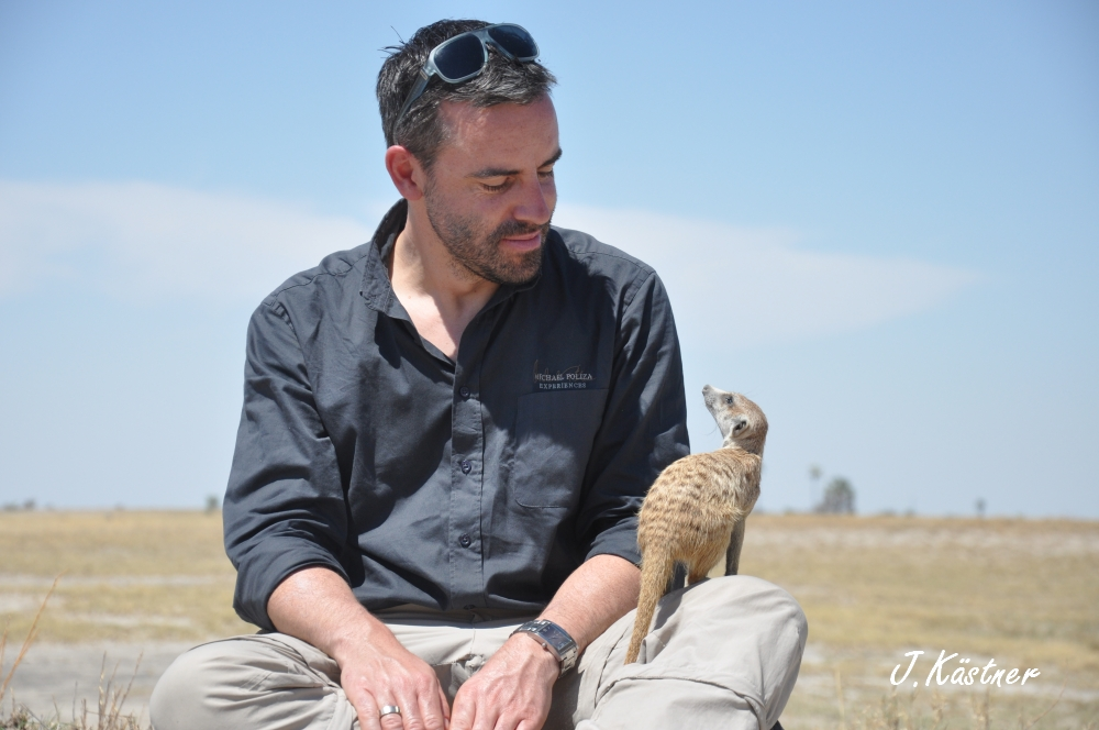 Botswana Treasures. sonne safari botswana afrika  tui berlin Botswana Jacks Camp Kalahari Joerg Kaestner Erdmaennchen