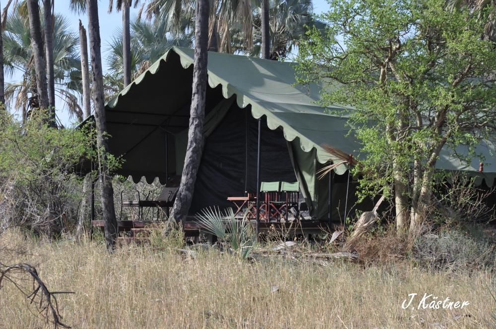 Botswana Treasures. sonne safari botswana afrika  tui berlin Botswana Jacks Camp Kalahari Zelt