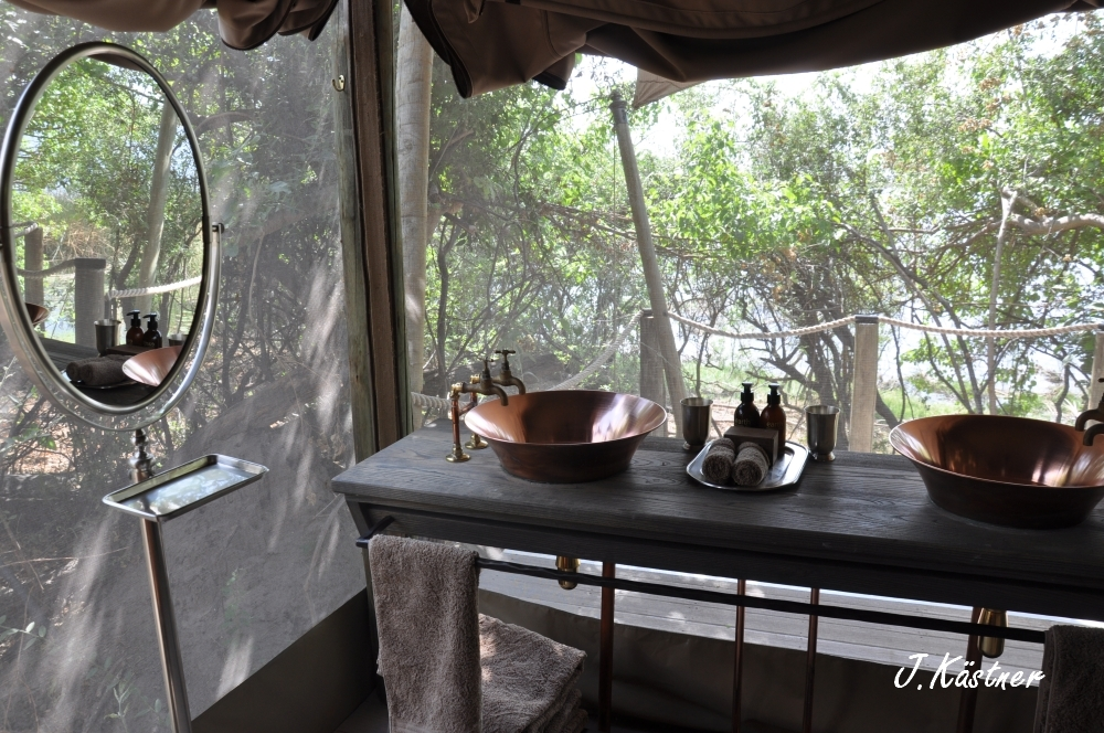 Botswana Treasures. sonne safari botswana afrika  tui berlin Botswana Linyanti Duma Tau Camp