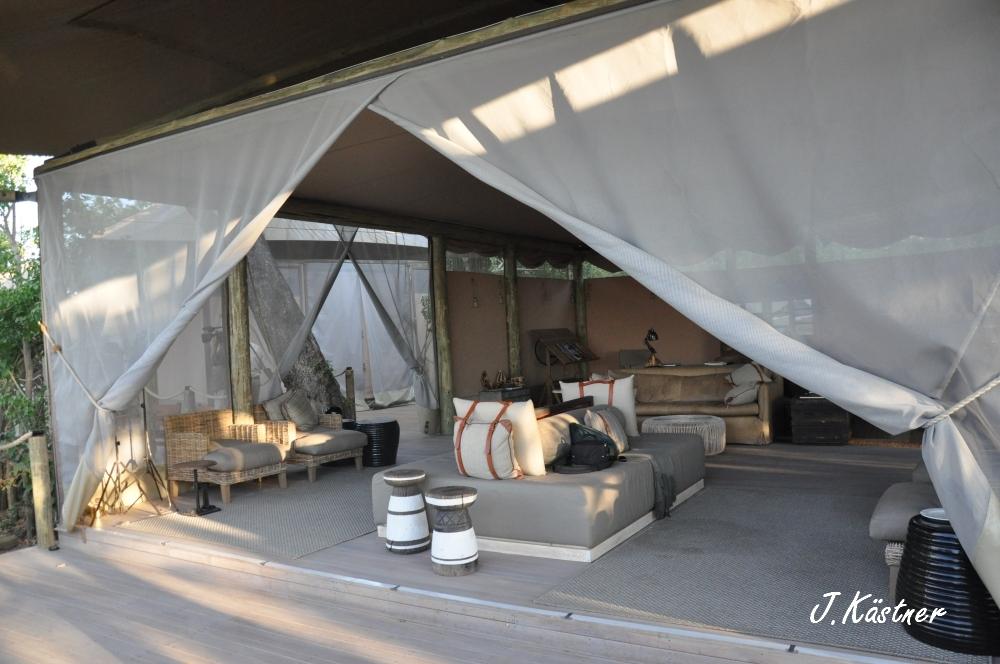 Botswana Treasures. sonne safari botswana afrika  tui berlin Botswana Linyanti Duma Tau Camp Lounge